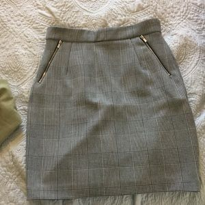 H and m size 10 plaid pencil skirt great condition